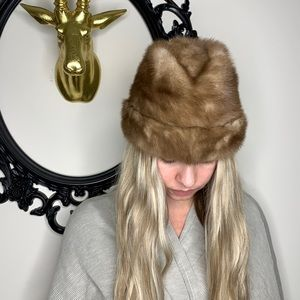 ✨ Vintage Real Fur Hat